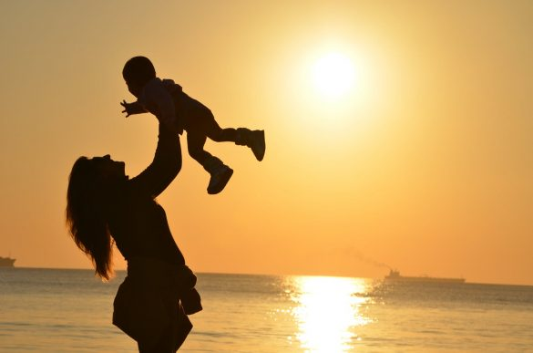 Financial Planning Tips Every Mother Should Consider